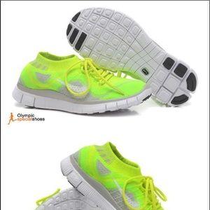 Women's Nike Flyline 5.0